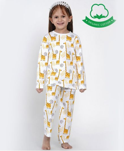 berrytree Organic Cotton Full Sleeves Giraffe Print Night Suit - Yellow