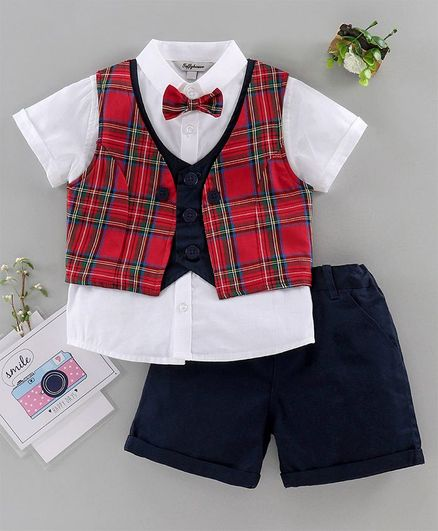 A Baby boy/'s red and cream waistcoat with matching bow tie for 18-24 months