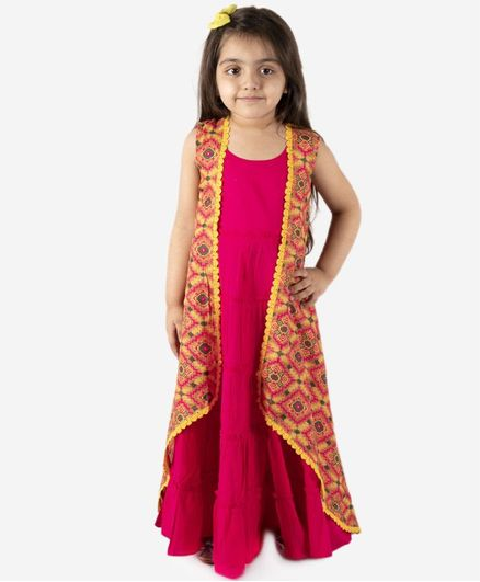 Lil Peacock Sleeveless Gown With Printed Long Shrug - Fuchsia