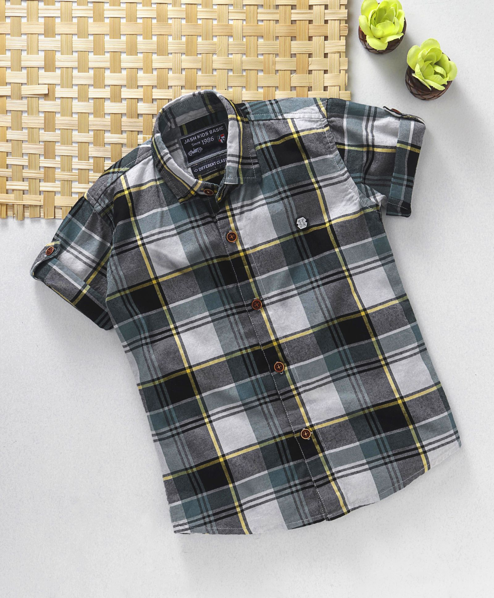 03e20c4850e31 Buy Jash Kids Half Sleeves Check Shirt Green Black for Boys (2-3 ...