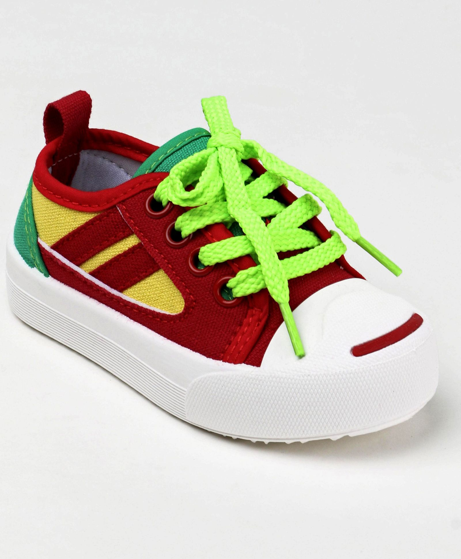 f715e8f9 Buy Cute Walk by Babyhug Canvas Shoes Red for Boys (2-2 Years ...
