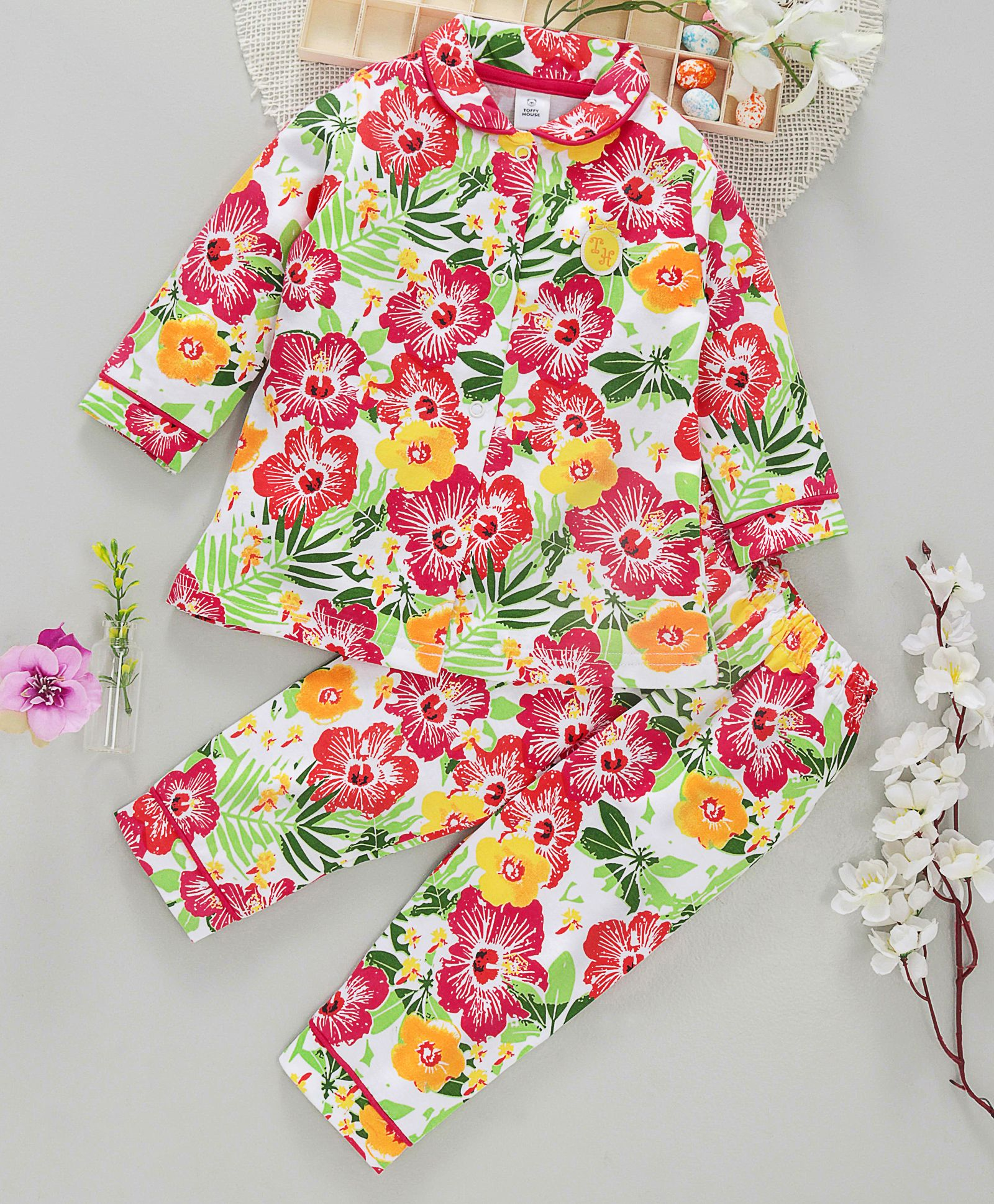 032b8c776 ToffyHouse Peter Pan Collar Neck Night Suit Floral Print - Multicolour