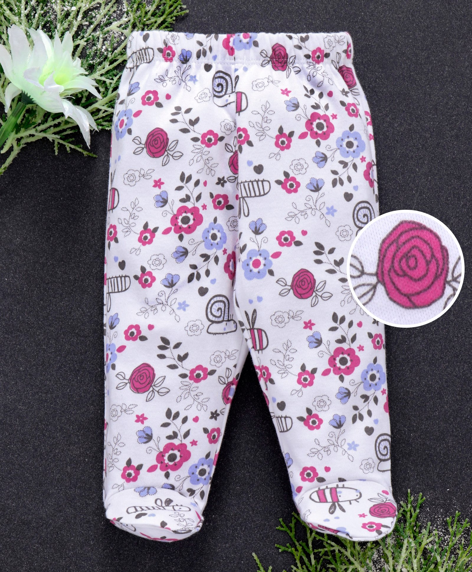 9c1f7379979f45 Babyhug Full Length Cotton Bootie Leggings Floral Print - White. 3 to 6 ...