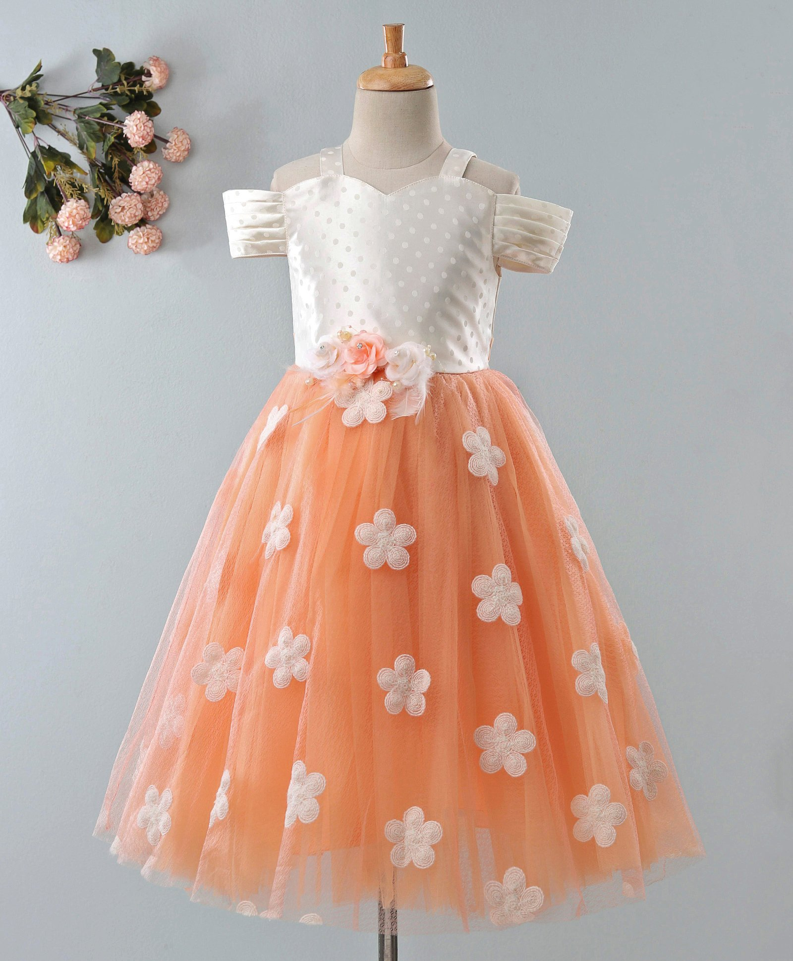 c791ab58f Maalka Flower Embroidered Cold Shoulder Short Sleeves Dress - Light Peach