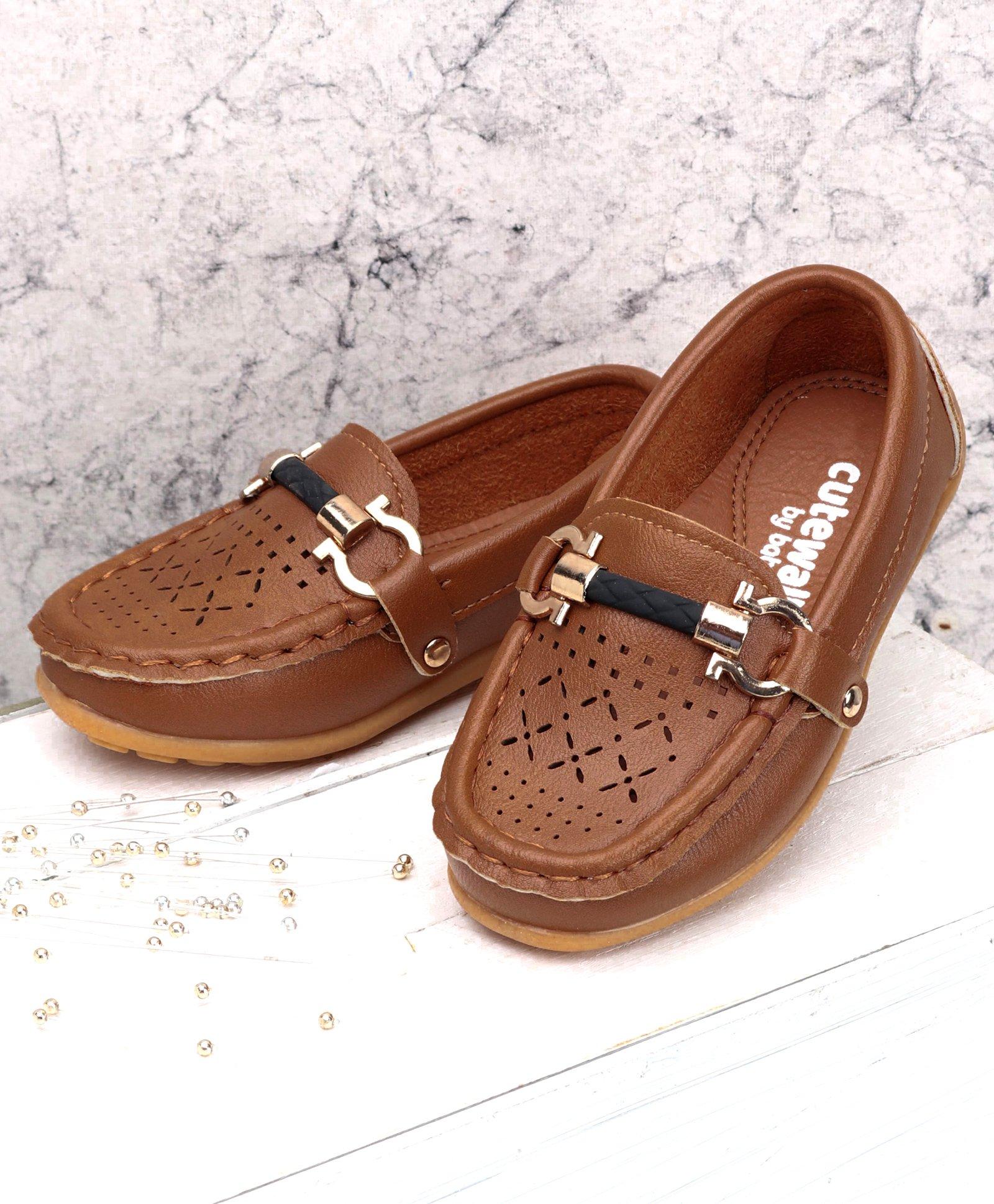 d1cb13d9722d Buy Cute Walk by Babyhug Designer Loafer Shoes Brown for Boys (2 ...