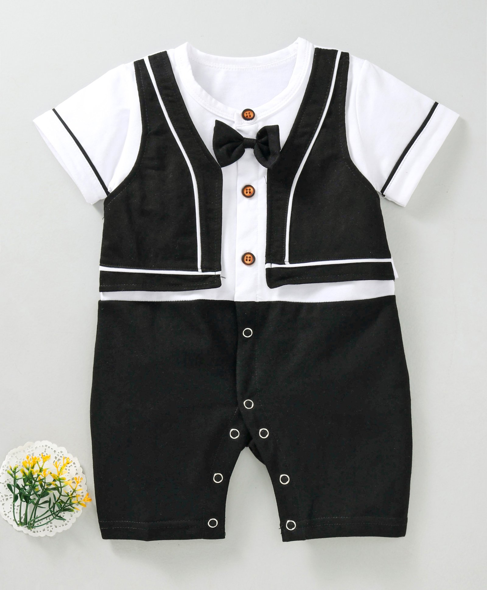 e686f843ac67 Buy Meng Wa(66) Black White Baby Rompers for Boys (9-12 Months ...